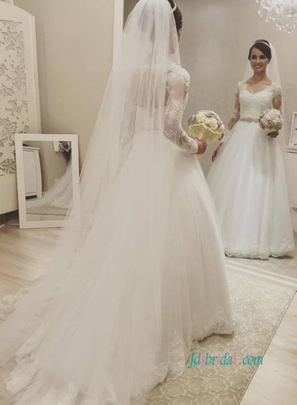 H0902 Modest illusion lace long sleeved tulle ball gown wedding dress