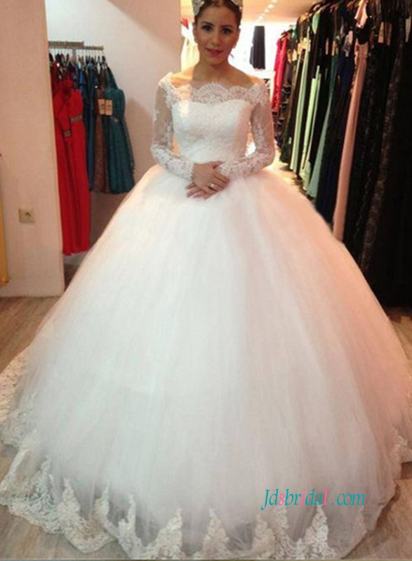 2018 romance bateau neckline illusion lace long sleeved ball gown tulle wedding dress