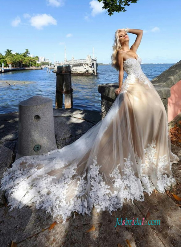 H0923 Stunning white lace and tulle overlay nude wedding dress