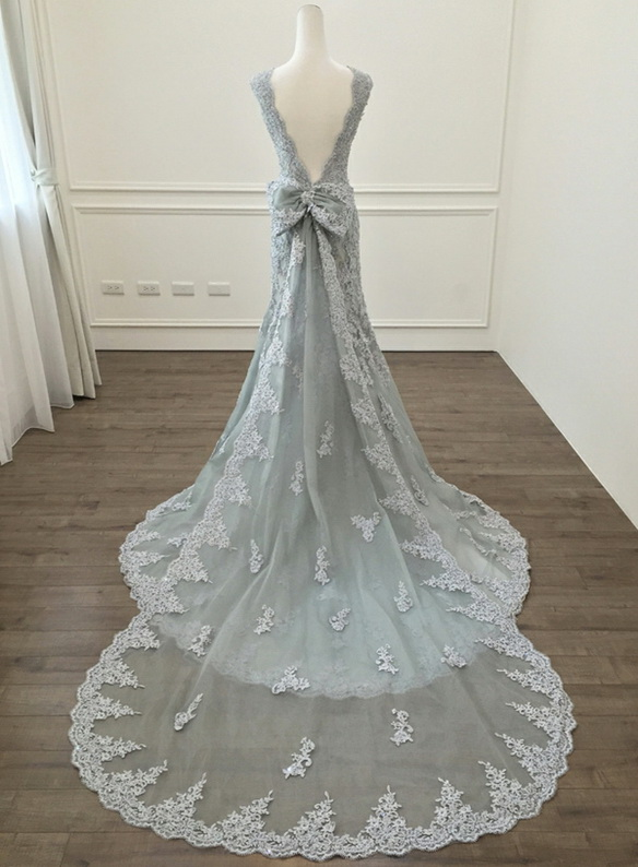 H0928 Unique gray lace mermaid wedding dress with bow back