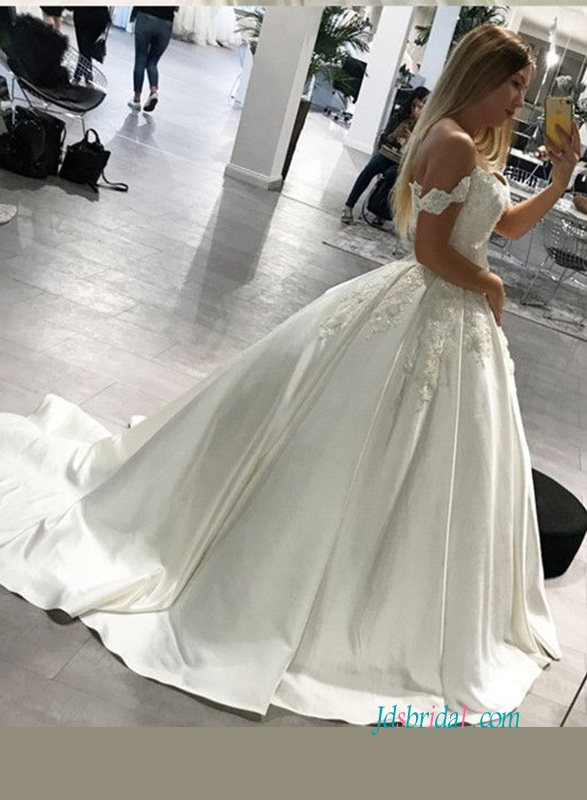 H0930 New timeless off the shoulder satin ball gown wedding dress