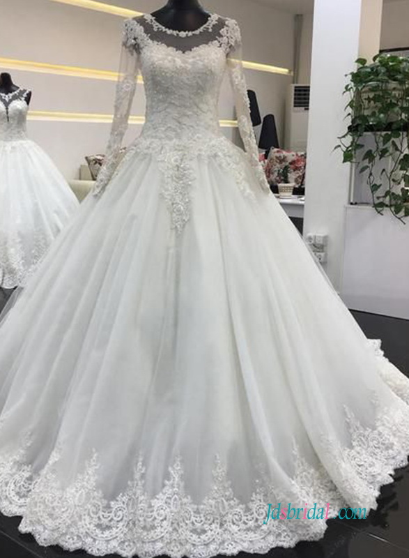 H0572 Modest princess ball gown wedding dress with long sleeves