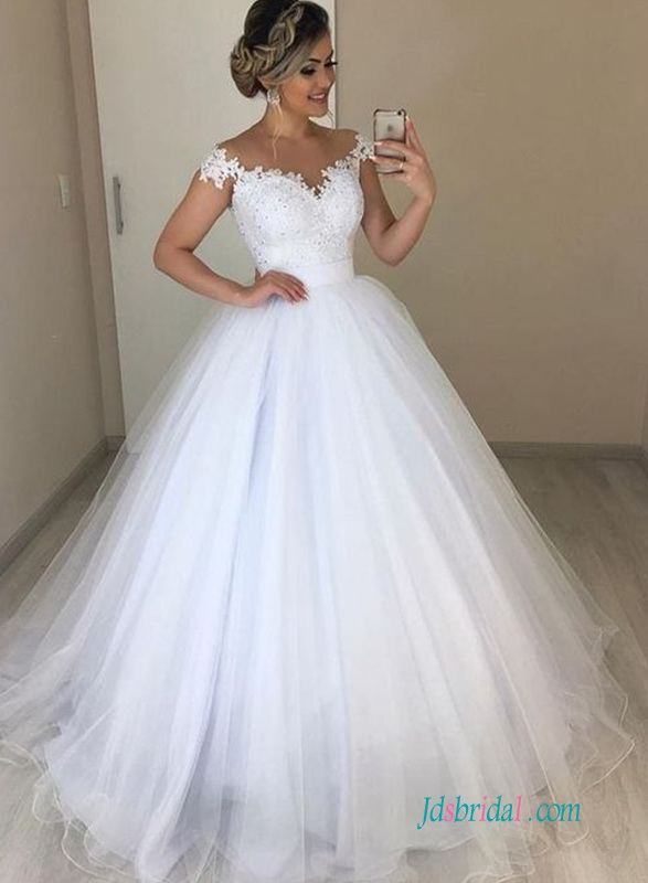 H0584 Beautiful white off the shoulder princess ball gown for wedding