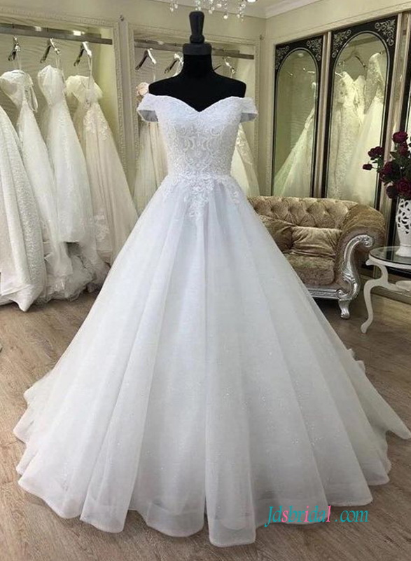 vintage off the shoulder sweetheart organza ballgown wedding dresses 2019