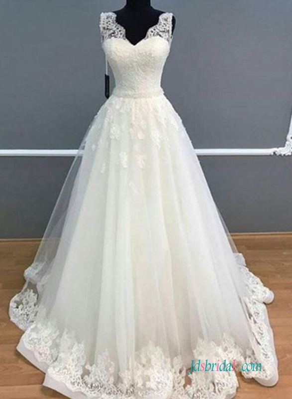 H0621 Classic lace tulle princess wedding ballgown dress
