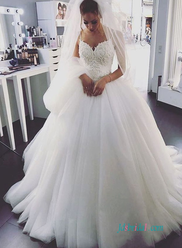 H0631 Romance spaghetti straps tulle princess wedding ball gown