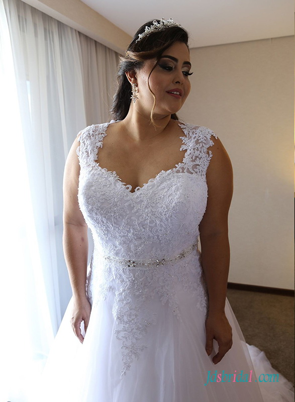 H0655 Plus size white tulle mesh wedding dress with train