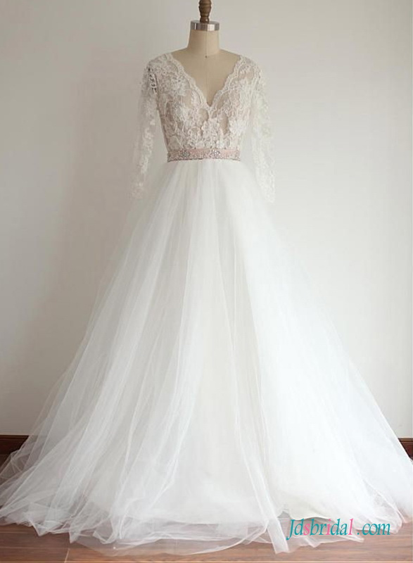 H0656 Sexy lace bodice long sleeved tulle ball gown wedding dress