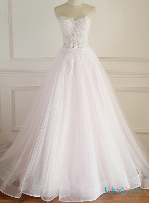 H0668 Graceful sweetheart lace bodice tulle wedding ball gown