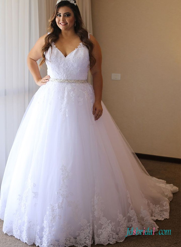 H0680 Plus size white tulle wedding dress with lace overlay