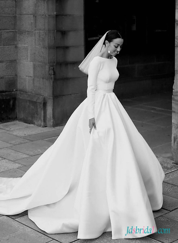H0512 Modest long-sleeved open back ball gown wedding dress