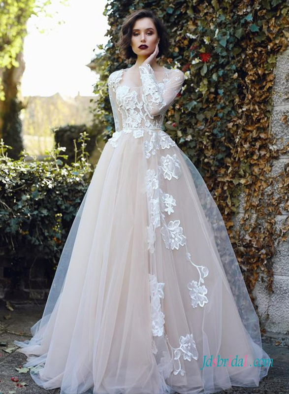 H0451 Nude tulle and lace long-sleeved wedding dress